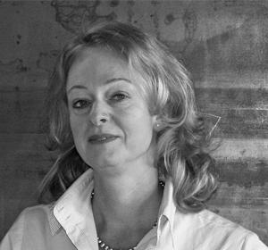 Christine Folwatschni-Bitter